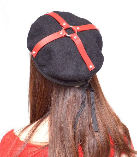 ハーネスベレー帽