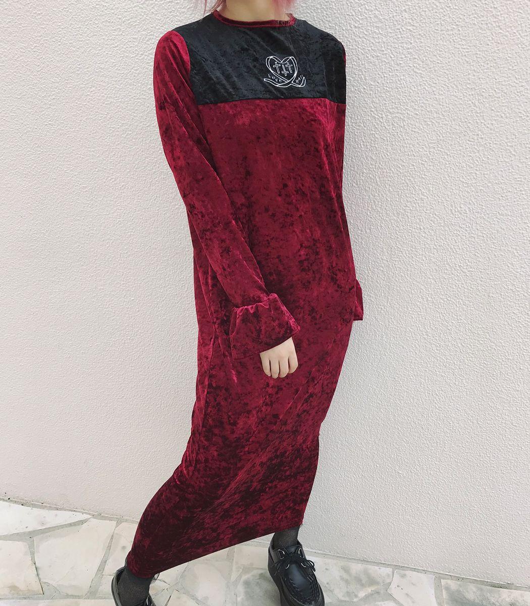 刺繍ロングベロアワンピース