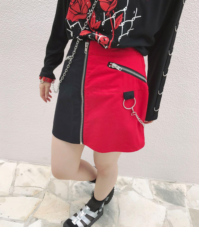 BACKプリーツ台形スカート