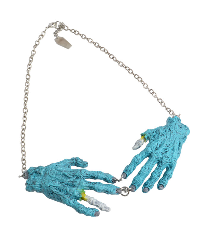 NATURAL ZOMBIE HANDS ネックレス